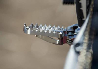 Honda CRF250RW - подножка