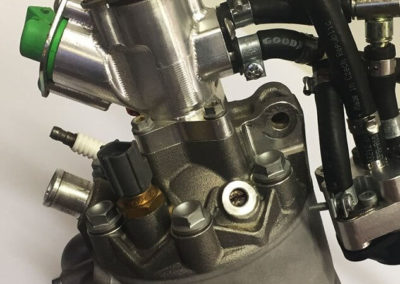 KTM 300 EXC TPI - головка с форсункой