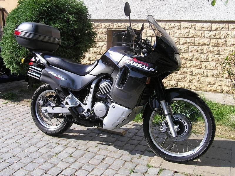 Эндуро турист - Honda-XL600V-Transalp 1999 г.в.
