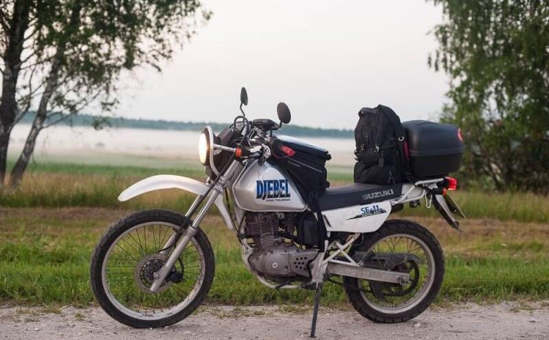 Эндуро турист Suzuki Djebel 250